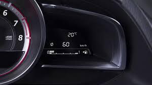 Welke Informatie Zie Je Op Het Dashboard In De Mazda2