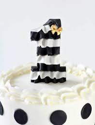 ruffle cake topper