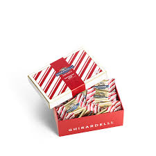 peppermint bark squares gift box 20 pc