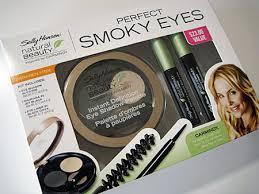 sally hansen natural beauty perfect smokey eyes box leave it to makeup artist carmindy