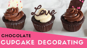 Easy Chocolate Cupcake Decorating Valentines Day Youtube