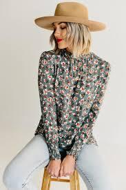 EXCLUSIVE) The Bonnie Smock Neck Top - Olive – MOD Boutique