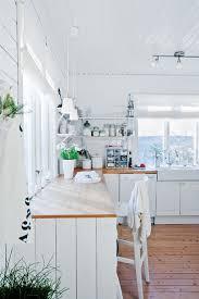 Kitchen: Scandinavian Kitchen With Dining Area - Scandinavian Interior