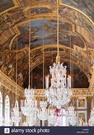 Kristall Kronleuchter Und Bemalten Decken Den Spiegelsaal