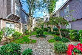primary photo woodway garden townhomes