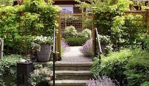 garden landscaping supplies