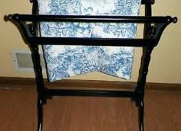 Free Standing Quilt Display Rack Inspiration Stunning Free Standing Quilt Rack Large Quilt Holder Large Quilt