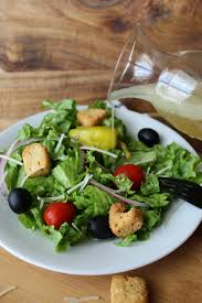 copycat olive garden salad dressing recipe how to make olive garden salad dressing at home homemade