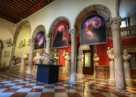 Museum Lights For Paintings Museum Paintings Images Lights Lighting Free Image From