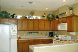 greenery above kitchen cabinets best of decorating kitchen cabinets with high ceilings greenery