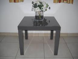 Table d'appoint carrée grise laquée IKEA - A vendre   2ememain.be
