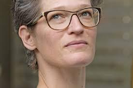 Barbara Käser, D'SCHEFFIN! - optik atelier käser - Brillen ...
