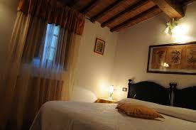 Arredamento Toscano Foto : Camere per vacanze in agriturismo toscano vicino arezzo ad