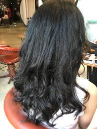 本日のパーマのお客様黒髪ロングで硬い髪髪の量が多くてお悩みの方