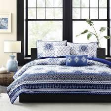 Intelligent Design Cassy Blue Full-Queen Quilt Set - Damask &  Adamdwight.com