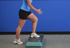 exercises to help knee pain in pictures