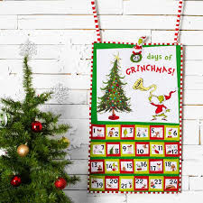 Quilted Advent Calendars to Count Down to Christmas & The Grinch Advent Calendar Quilt Kit with Fabric Adamdwight.com