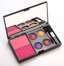 colorbar get the look makeup kit lakme