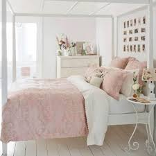 Blush Pink Bedroom Ideas - Dusty Pink Bedrooms I Love - Involvery