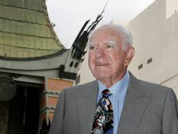 obituary archives jewish journal judge joseph a wapner former host of the television series the people s court poses graumans chinese theater in background before ceremonies