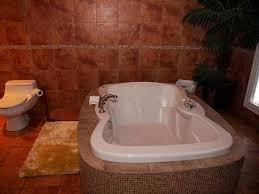 hotel kutuma bathroom hot tub room 401