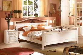 Deko Ideen Schlafzimmer Dachschrage