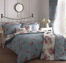 bedroom blue vintage bedding quilt set blue reversible rose quilt mission metal headboard blue polyester floral blue vintage style bedroom