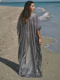 Jennifer Soberal (kimono) | Eido Swimwear