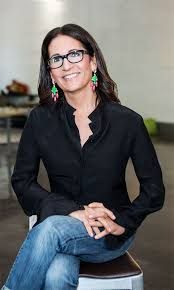 as one of the world s most famous makeup artists bobbi brown knows a thing or two about putting your best face forward here she reveals her foolproof