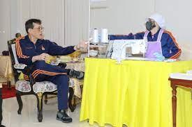 หน่วยราชการในพระองค์ โป๊ะแตก!? ลงภาพเก่าเสมือนว่า ในหลวงและราชินีทรงงานที่ไทยเนื่องในวันครบรอบแต่งงาน – thai-democracy