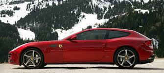 A very fast berlinetta designed by pininfarina, it was built mainly from composites. Ferrari Ff Photos Informations Articles Bestcarmag Com