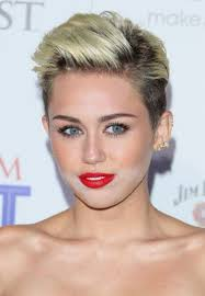 miley cyrus cakey makeup photo 6