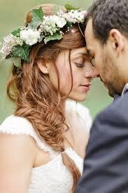 Coiffure De Mariée Avec Fleurs Naturelles Les Plus Jolies