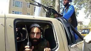 """أفغانستان: طالبان تواصل توسيع سيطرتها وتستولي على مدينة """"بولي علم"""" على بعد  50 كلم من كابول"""