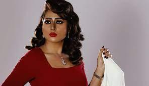 شيماء سبت تنعي شقيق الفنانين محمد وحسين المنصور - روتانا