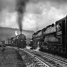 Trains: Photography of A. Aubrey Bodine: Bodine, Jennifer B.:  9780764354939: Amazon.com: Books