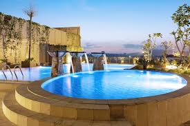 Ya, memang tiga hal tersebut sangat identik dengan kota surabaya. Hotel Santika Gresik Prices Reviews Indonesia Tripadvisor