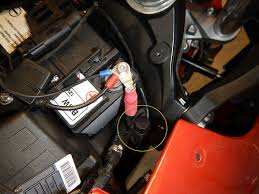 where can i switched power f800gt bmw f800 riders forum the plug is right side batter down about 6 but you d need to add the bmw dongle plug to bring it up and tap into it easier