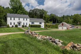 for more information and photos visit tour circlepix com home dm8hkm 120 valley road andover nh 4713903