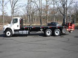 2011 FREIGHTLINER M2-106== FLATBED TRUCK FOR SALE #852302  PA