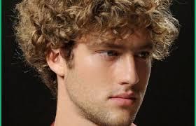 Coiffure Garcon Cheveux Frises 145455 Coiffure Homme Cheveux