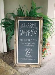 Fun and Awesome Wedding Chalkboard Decoration Ideas