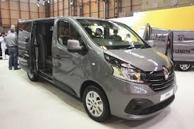 2018 renault trafic. contemporary trafic renault clone the trafic in minibus form on 2018 renault trafic h