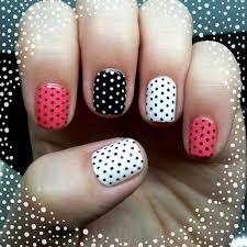 Dahlia Nails: Pink Polka Dots