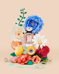 Paper Crafted Flowers Flora By Gucci Papercrafted Flowers On Behance