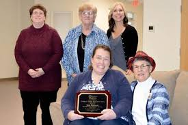 Compass Regional Hospice Aide Receives Clinical Excellence Award