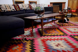 kilim rugs dubai abu dhabi across uae sisalcarpet com bold colorful aztec