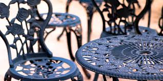 renew patio furniture with spray paint