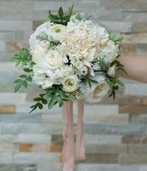 flowers for beach wedding. beach wedding bouquet flowers for