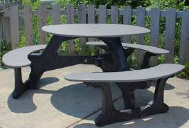 bodega round recycled plastic picnic table 1